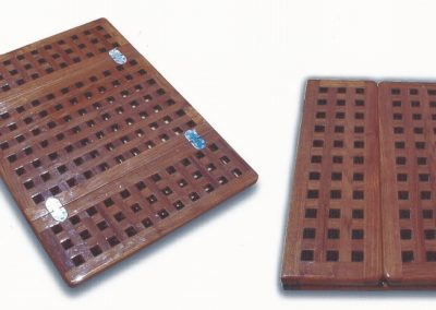 Grate Style Table Top Folding